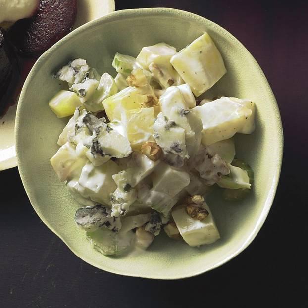 Kartoffel-Sellerie-Salat mit Blue-Cheese-Creme