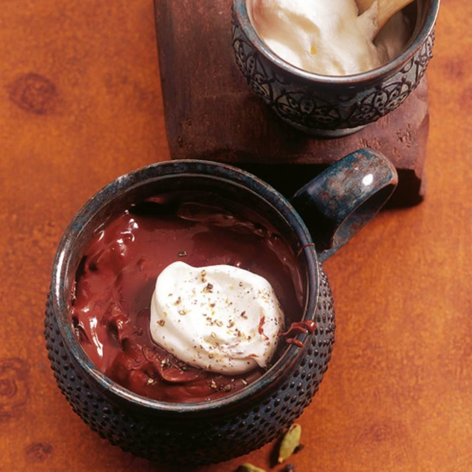 schokoladencreme-mit-cardamonsahne-fs.jpg