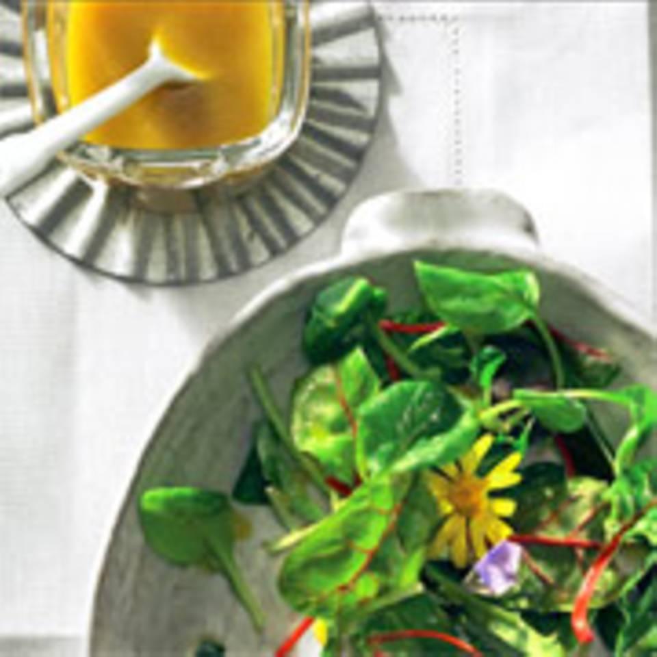 Blattsalat mit Orangen-Vinaigrette