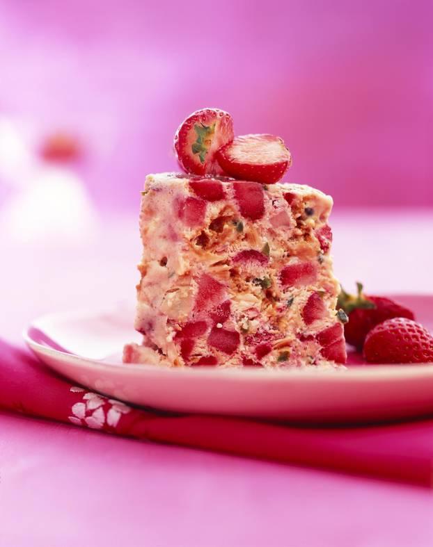 Erdbeer-Mandel-Cassata