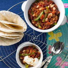 drei-bohnen-chili-mit-tortilla.jpg