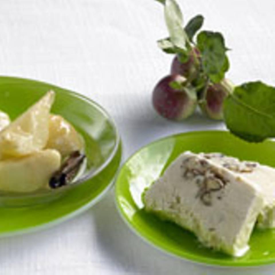 Zimtapfel und Vanillebirne mit Honig-Krokant-Parfait