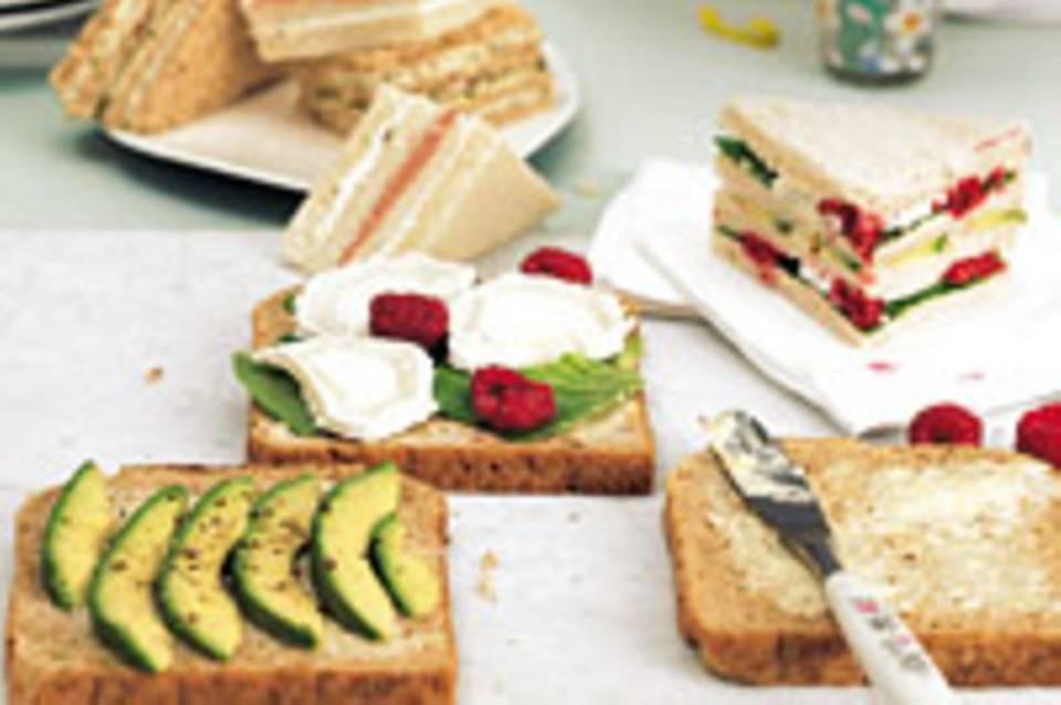 Sandwiches mit Teewurst und grünem Pfeffer