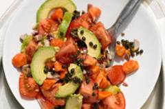 Avocado-Tomatensalat mit Papaya