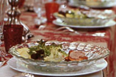 Brioche mit Rilette und Salat