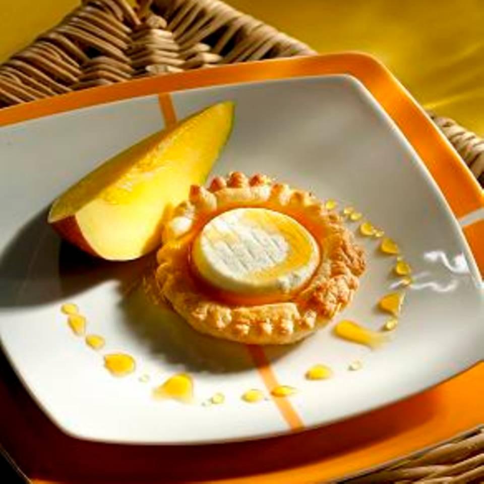 Picandou-Törtchen mit Mango und Sauce Caramel