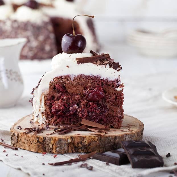 Schwarzwalder Kirschtorte Mit Schokoladencreme Brigitte De