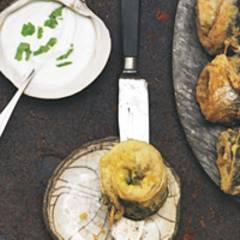 Makrelenröllchen mit Wasabi-Joghurt