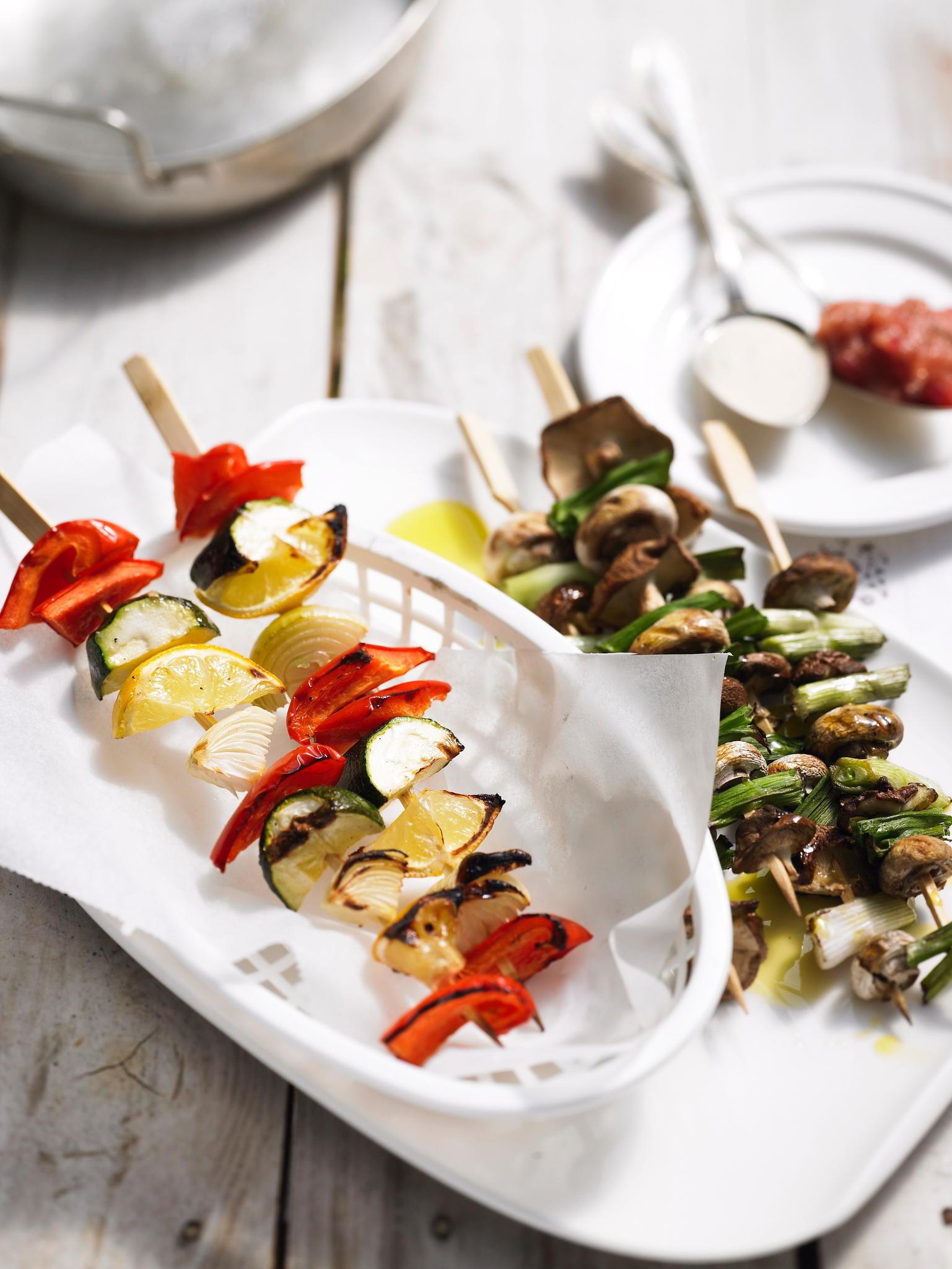 grillen vegetarisch grillen die besten rezepte. Black Bedroom Furniture Sets. Home Design Ideas