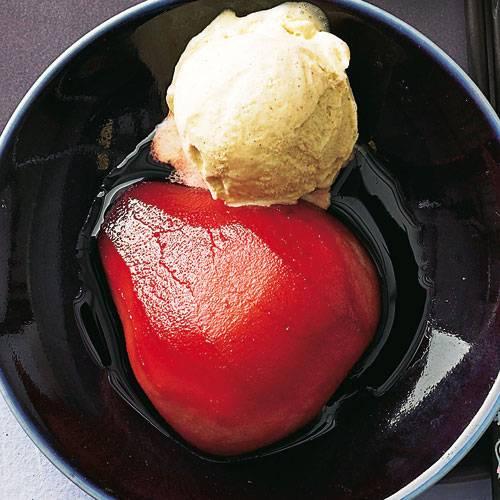 rotweinbirne-mit-zimteis.jpg