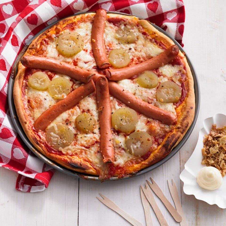 Dänische Hotdog-Pizza: Das Rezept