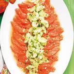 heiss-marinierter-lachs-mit-gurken-salsa-500.jpg