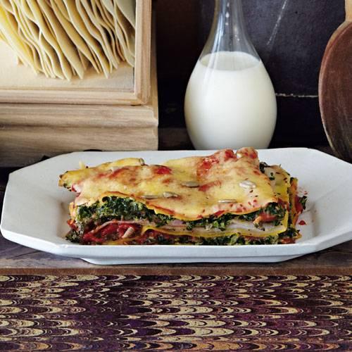 lasagne-mit-gruenkohl-und-tomaten-500.jpg