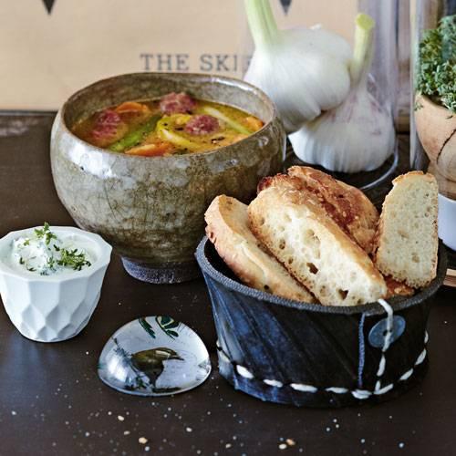 linsensuppe-mit-merguez-und-kressejoghurt-500.jpg