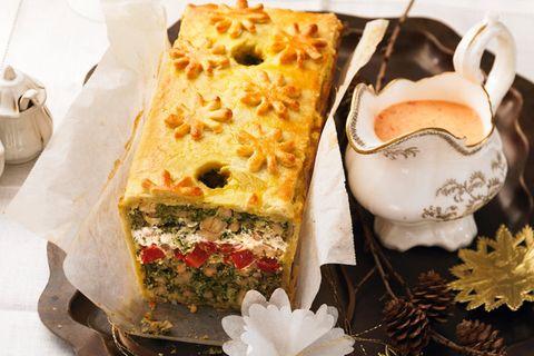 Grünkohl-Pastate mit Paprikasoße