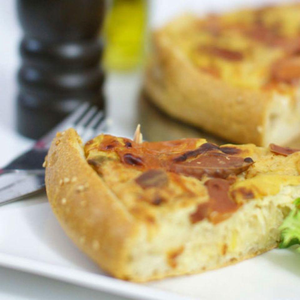 Sauerkraut-Hotdog-Quiche