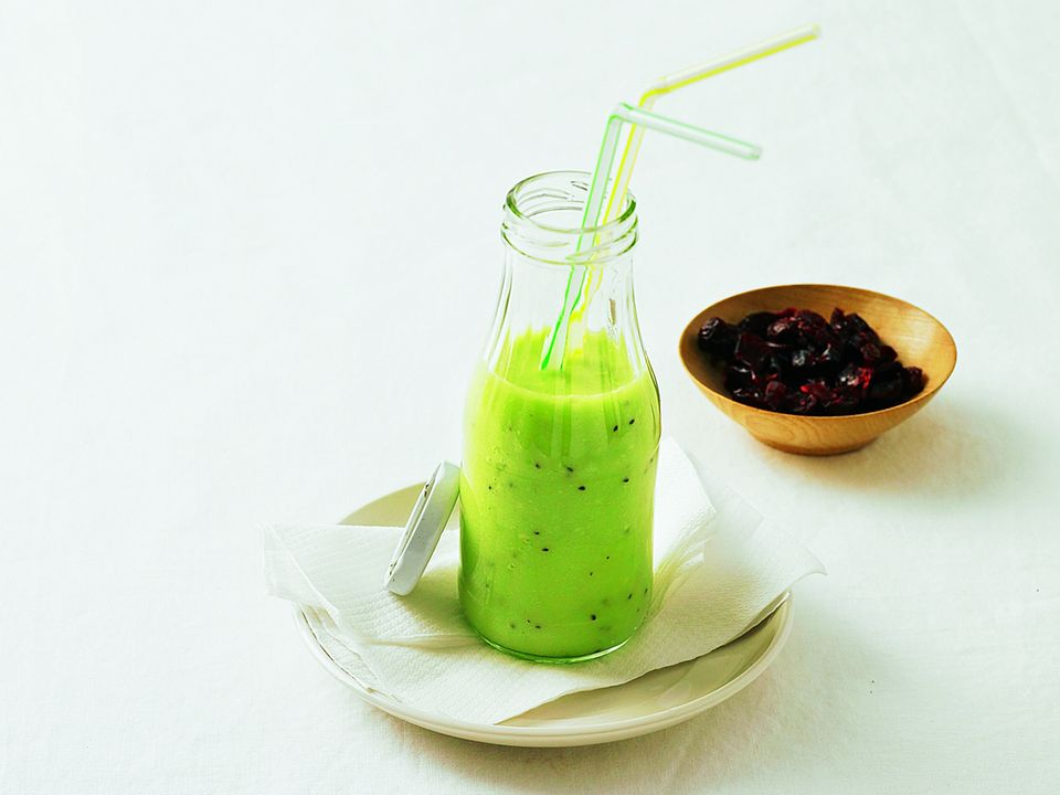 Kiwi-Avocado-Shake.jpg