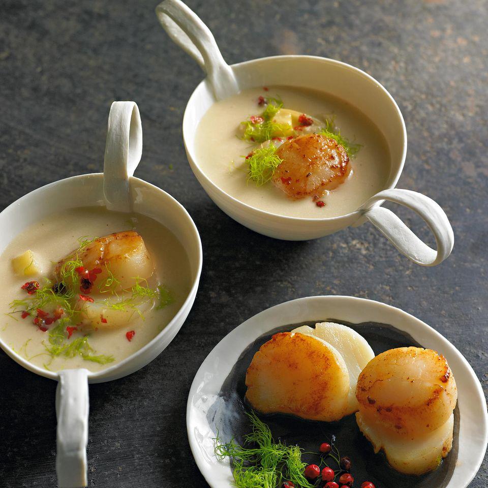 Kartoffel-Fenchel-Cremesuppe mit Jakobsmuscheln