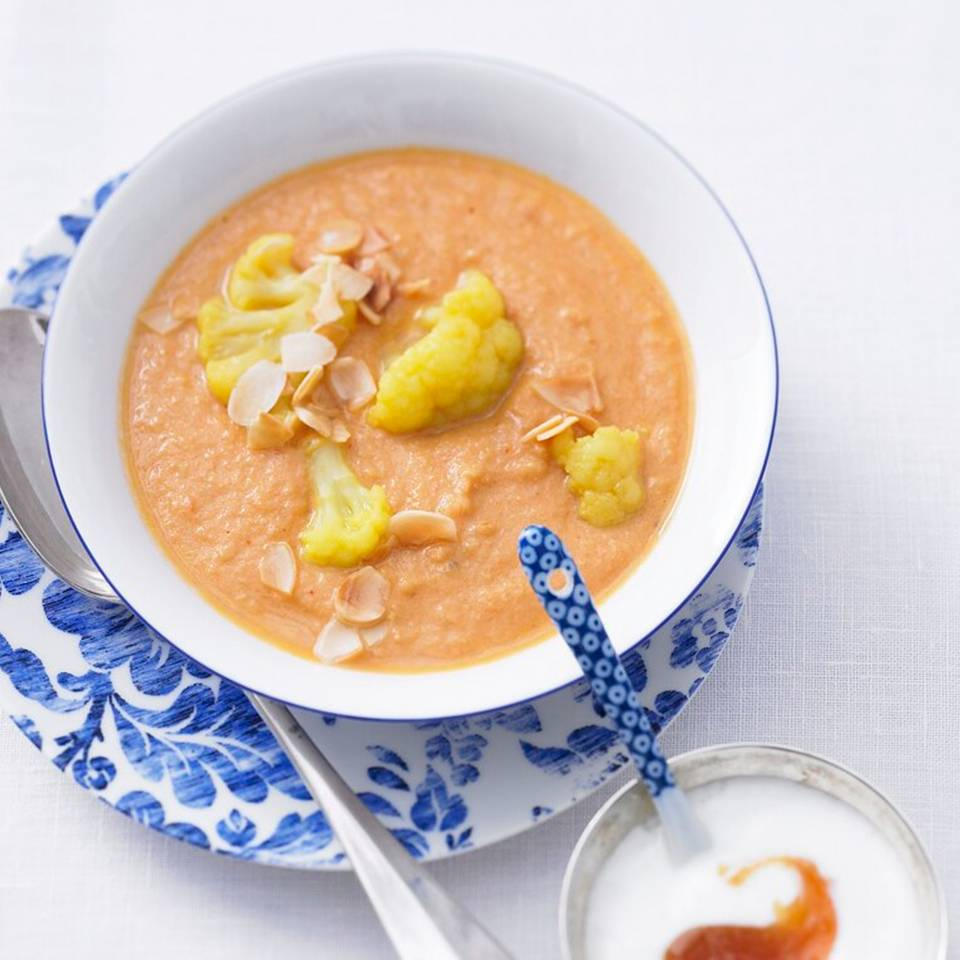 Hot-Curry-Mandelsuppe.jpg