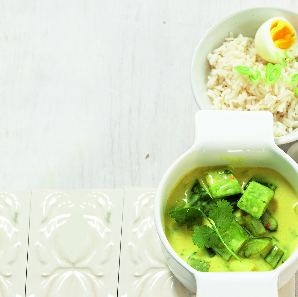 Gurken-Curry_mit_Sesam-Ei.jpg