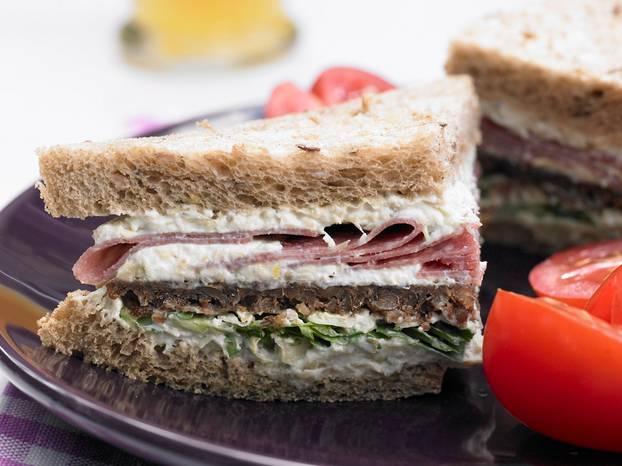 Artischocken-Salami-Sandwich.jpg
