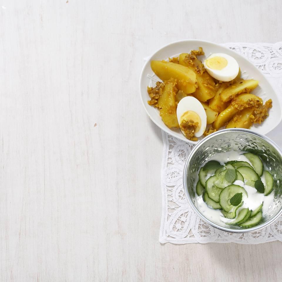 Indische_Joghurt-Kartoffeln_mit_Ei.jpg