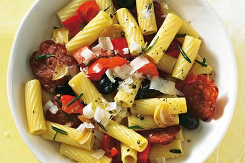 chorizo-pasta-mit-paprika.jpg