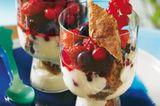mittsommer-trifle.jpg