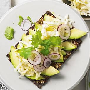 avocado-birnen-pumpernickel-fs.jpg