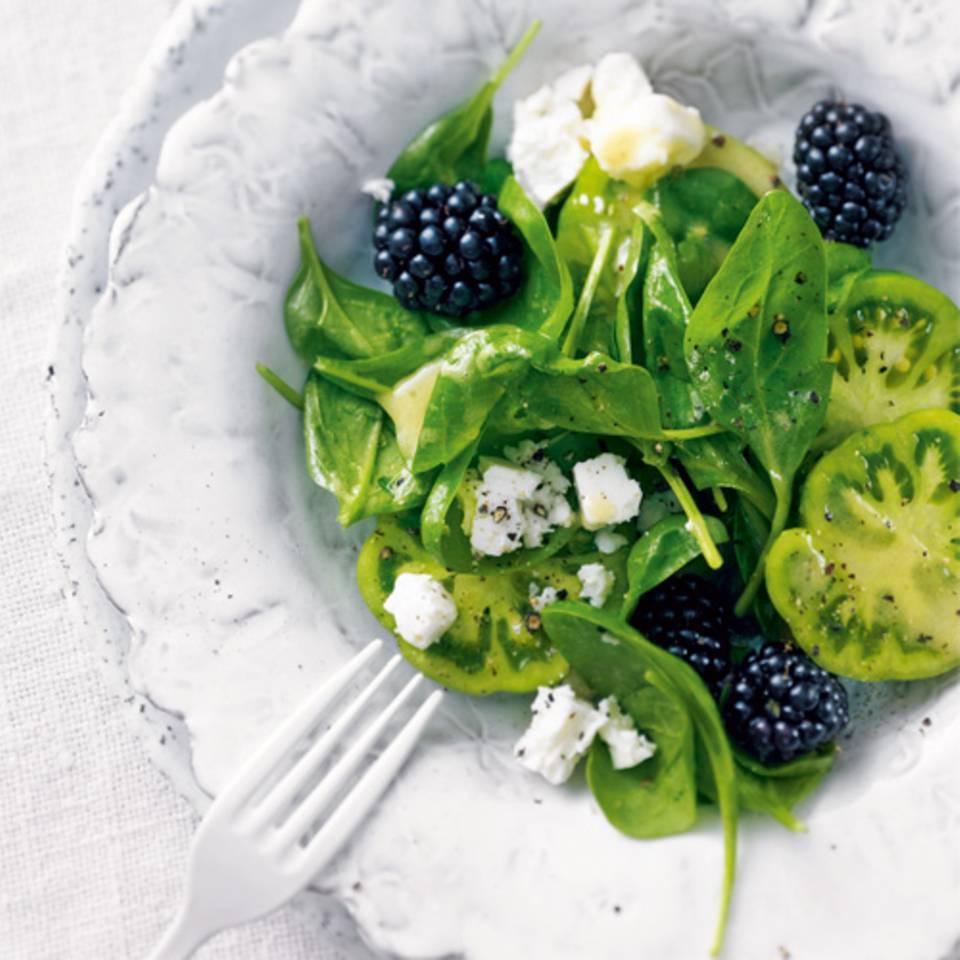 spinatsalat-brombeeren-fs.jpg