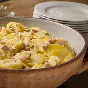omas-bester-kartoffelsalat-mit-mayonnaise-fs.jpg