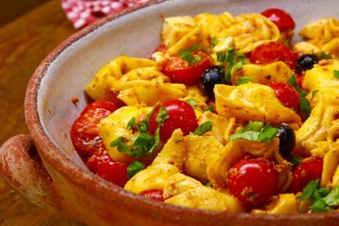 tortellinisalat-pesto-fs.jpg