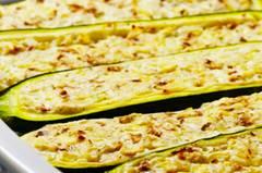 vegetarisch-gefuellte-zucchini-fs.jpg