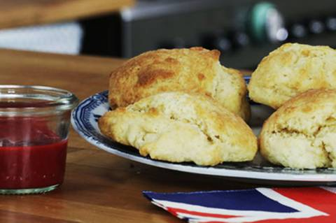 buttermilch-scones-fs.jpg