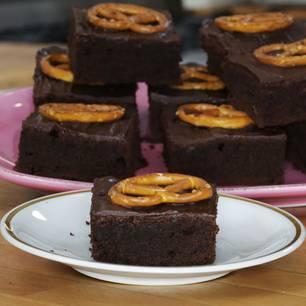 salzbrezel-brownies-fs.jpg