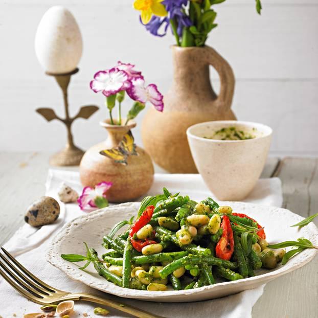 Warmer Bohnensalat mit Pistazien-Pesto