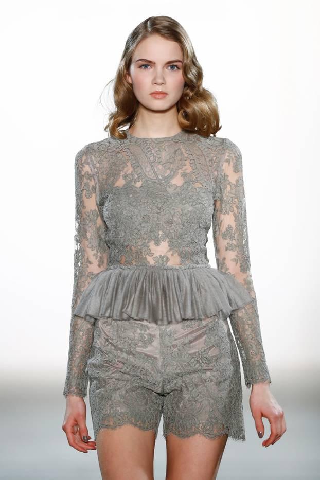 Mode-Quiz: Kleid mit Schößchen