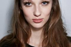 Frisuren für herzförmige Gesichter