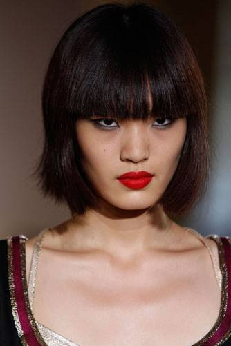 Styling-Tipps: Frisuren für schwarze Haare