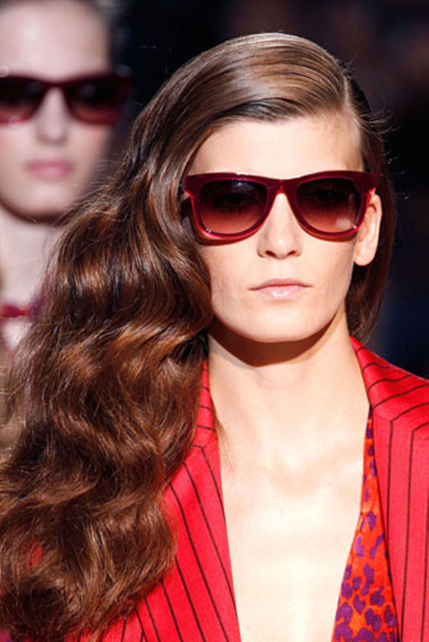 Frisuren für dicke Haare - Schnitte, Styling und viel, viel Inspiration