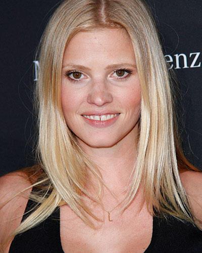 Lara Stone