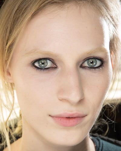 Herbst-Make-up-Trend: Klassischer Kajal