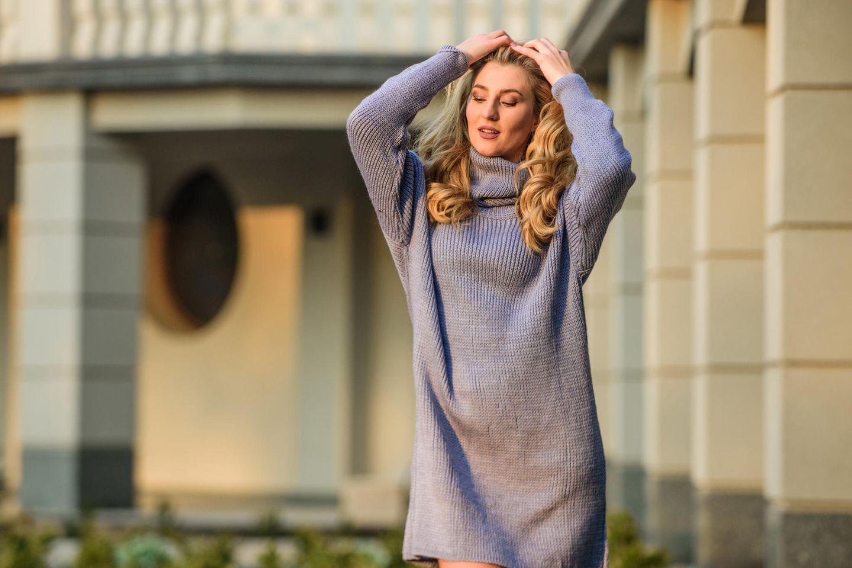 Wir LIEBEN das Pulloverkleid - und so stylt man es
