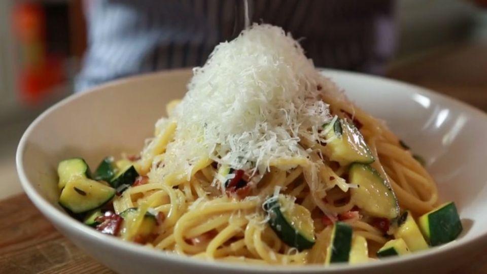 Zucchini einfrieren: So bleiben sie knackig