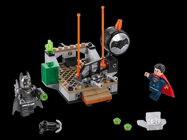 Krieg im Kinderzimmer: Ein Paradebeispiel für den Wandel bei Lego: Waffen und schlecht gelaunte Superhelden