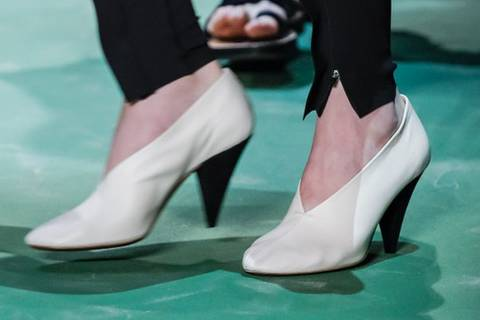 Unsere Top 3 der grässlichsten Schuhe der Saison