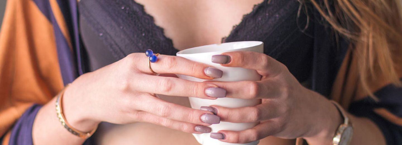 Waaas? Kaffee lässt deine Brüste schrumpfen!