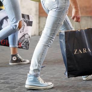 shopping die neue sportswear kollektion von zara. Black Bedroom Furniture Sets. Home Design Ideas