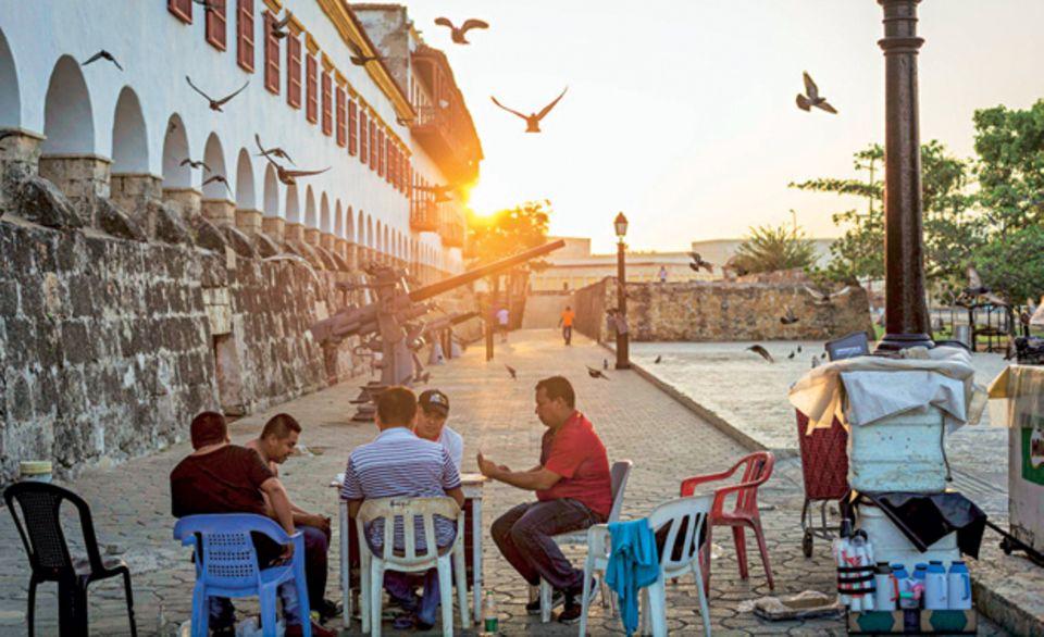 Früh aufstehen lohnt sich - bevor die Hitze an der Karibikküste einsetzt, ist es in Cartagena am schönsten
