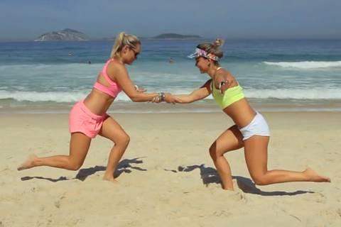 Ab an den Strand! Zum Beach-Workout für Bauch, Beine und Po